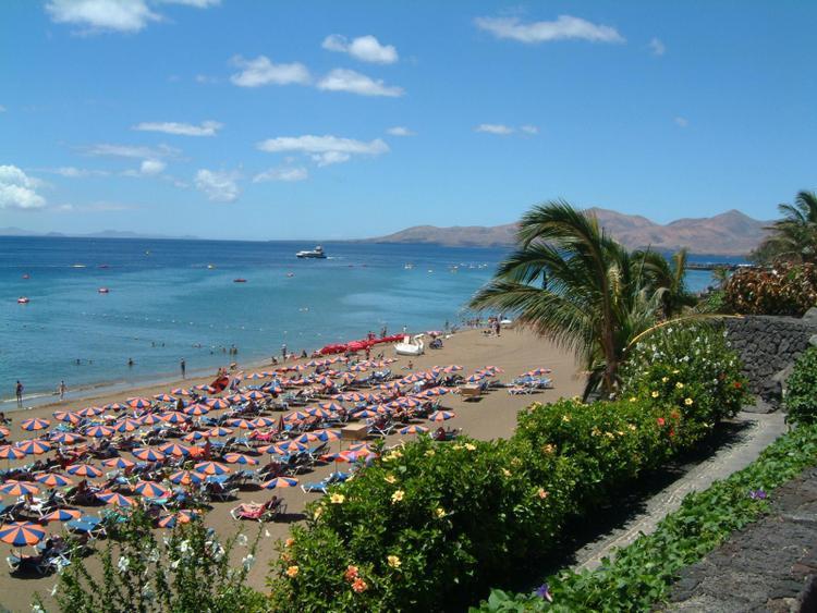 Lanzarote puerto del carmen - Alquiler coche lanzarote puerto del carmen ...