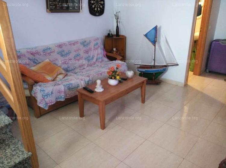 Lanzarote triplex in arrecife maneje 3 camere da letto for Piani casa 6 camere da letto