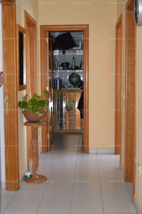 Excellent apartment very bright and central in Arrecife with parking space