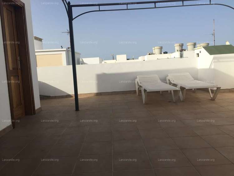 Fantastic apartment in Arrecife with attic and 100m2 of terrace