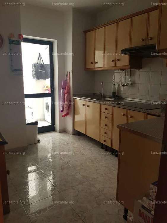 Flat in Gomez Ulla with 3 bedrooms and parking