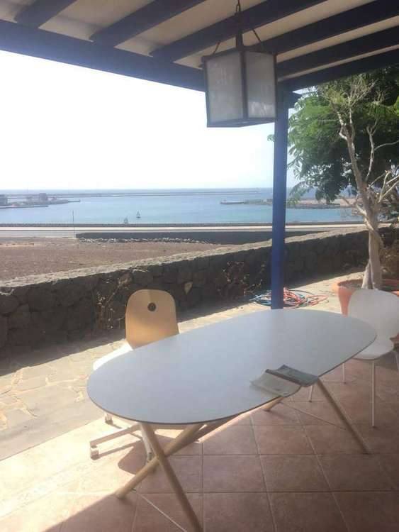 Triplex with large terrace and sea views in Arrecife