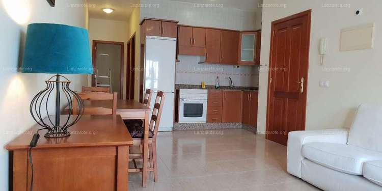 New and furnished flat in San Francisco Javier with roof terrace